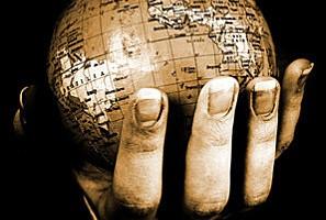 Le Monde dans la main de Mikaël Ollivier