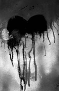 Travail à la bombe - Coeur rouge, amour mortel © Gabinspiration