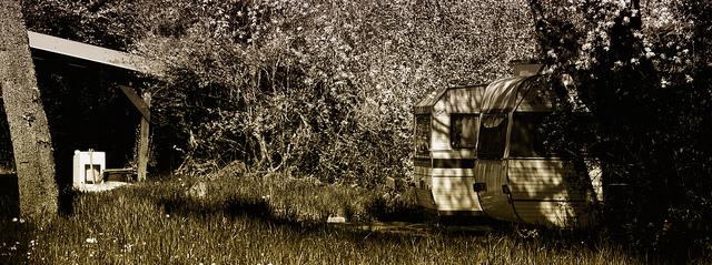 Caravanes by 2frix 1975
