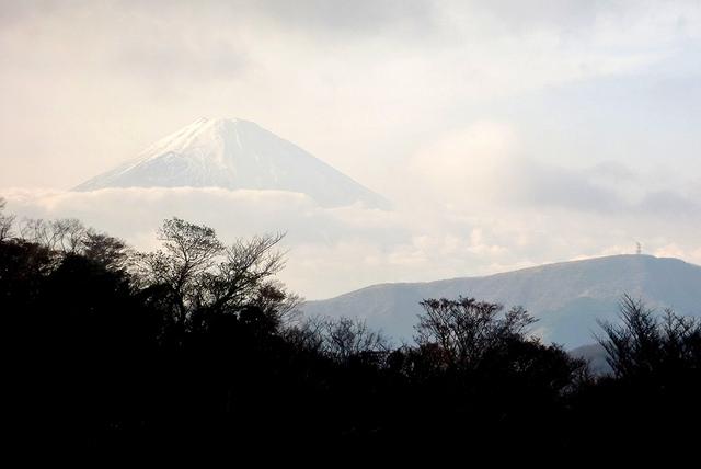 Mount Fuji from Owakudai by MarySloA