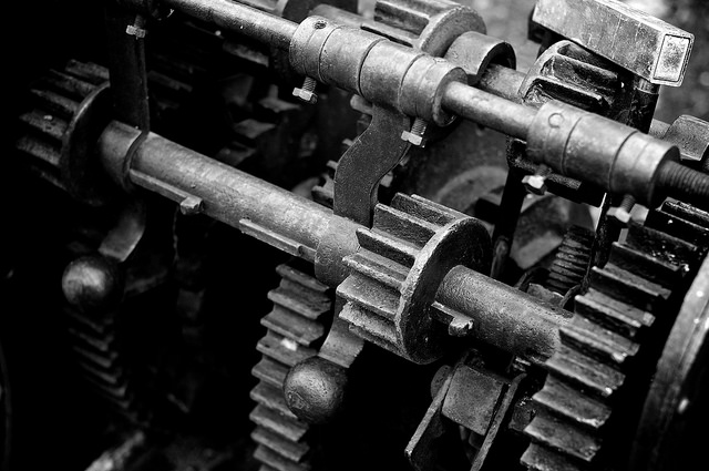 Technologie rouillée byJean-Yves Romanetti via Flickr