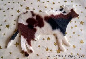une vache super facile à réaliser grâce à ce tissu à motif
