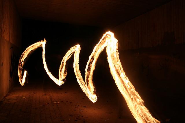 Feuer Im Tuneel by PhlippSchüller via Flickr