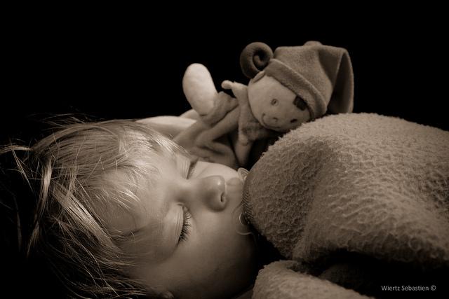 Sleeping Julie by Sebastien Wiertz via Flickr