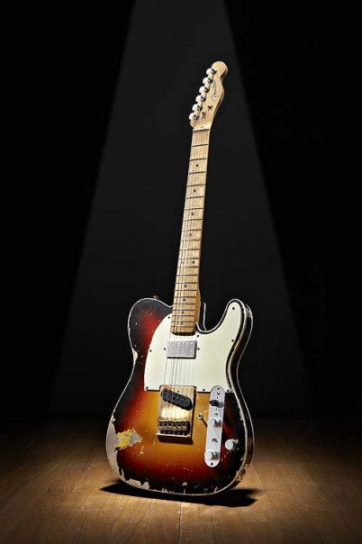 Fender Guitar 25 by Larry Ziffle via Flickr